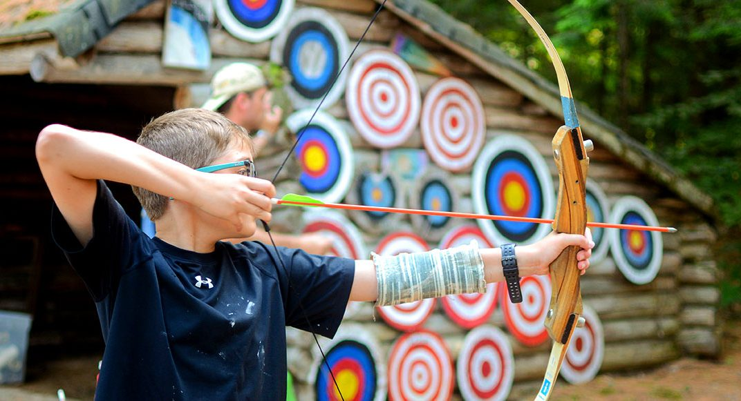 Special activities at summer camp in Maine